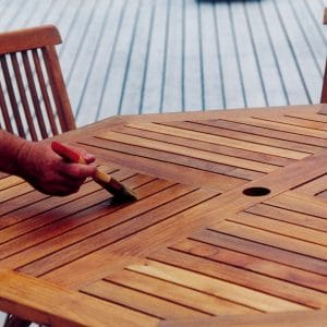 D1 being applied on a garden table