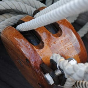 D2 applied to a sail boat fixing