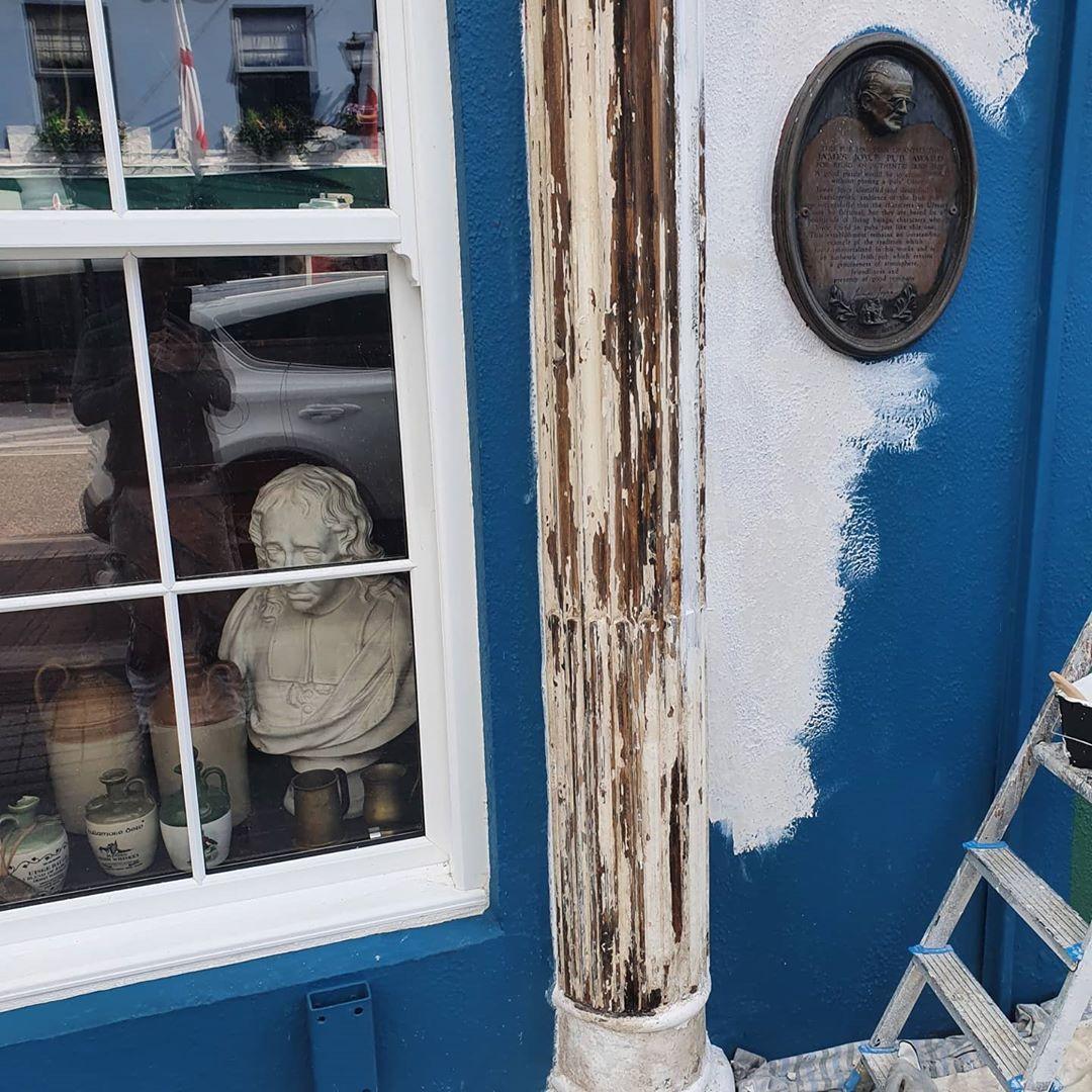 Sean's bar pillar during restoration