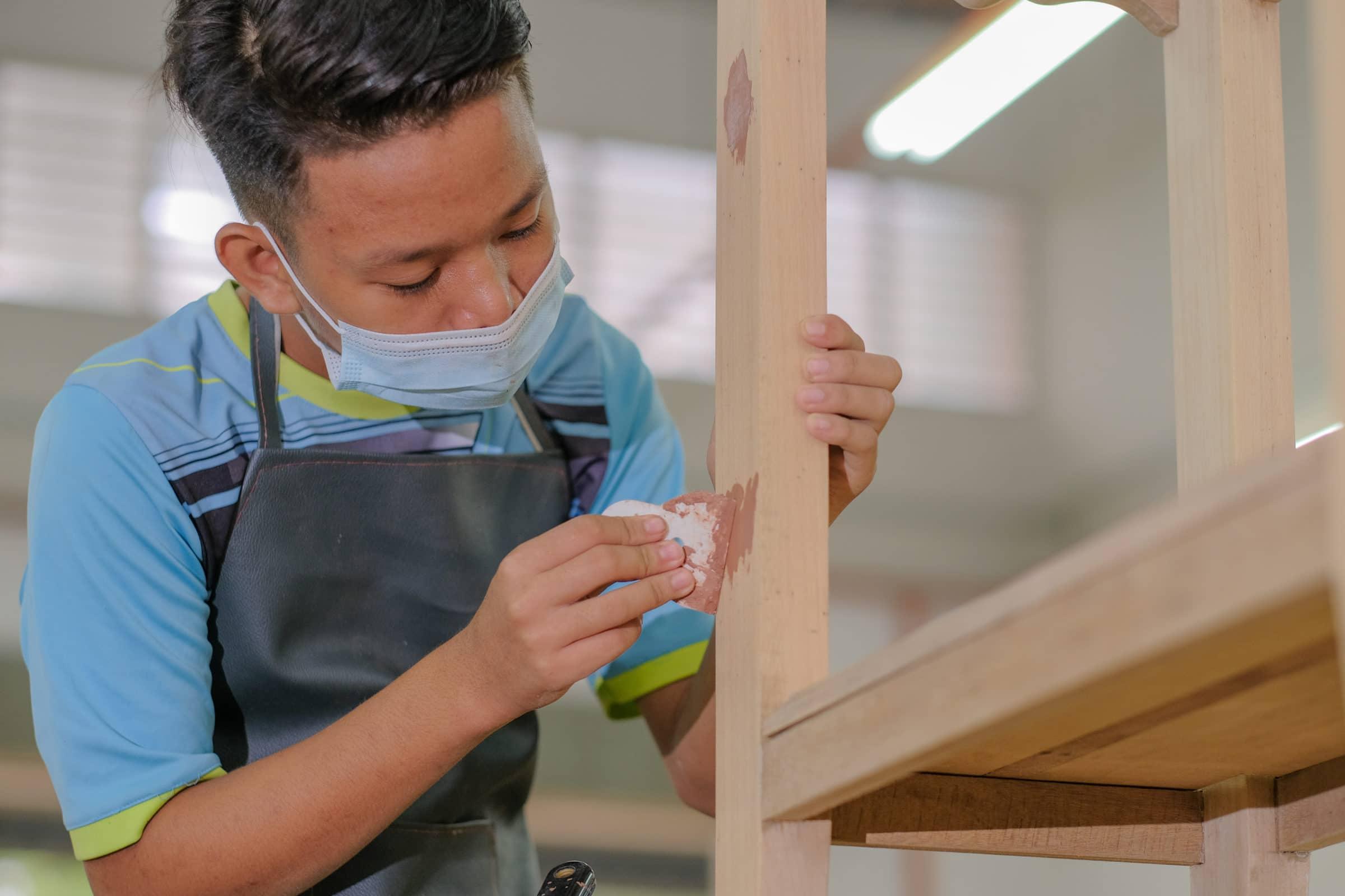 Application of wood filler